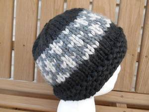 Urban Night Hat free knitted hat pattern