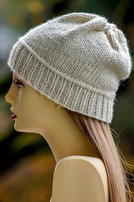 Nice and Neutral Slouch Hat free knitted hat pattern