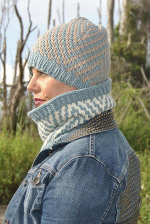 Mosaic Chevron Hat free knitted hat pattern
